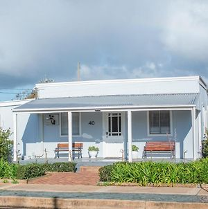 The Rested Guest 3 Bedroom Cottage West Wyalong photos Exterior