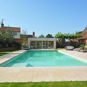 Stylish Holiday Home In Reepham With Outdoor Pool photos Exterior