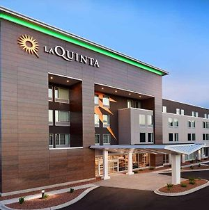 La Quinta Inn & Suites By Wyndham Wisconsin Dells photos Exterior