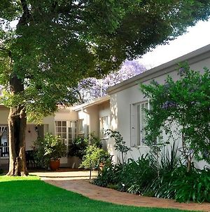 Rosebank Lodge Guesthouse By Claires photos Exterior