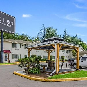 Red Lion Inn & Suites Port Orchard photos Exterior