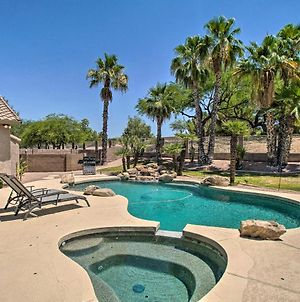 Ideally Located Chandler Home Backyard Oasis photos Exterior