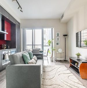 Prime Walk Location - 1Br Luxury Loft With Cn Tower Views photos Exterior