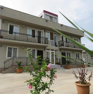 Airport Seaside Apartments photos Exterior