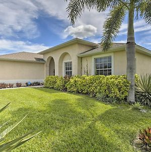 Single-Story Cape Coral Home Golf And Grill! photos Exterior