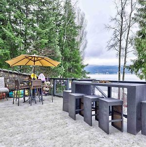 Secluded Lakefront Cabin With Private Dock photos Exterior