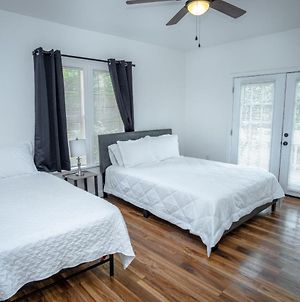 Downtown Remodeled Cozy 2Br 1Ba Home Sleeps 8 photos Exterior