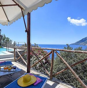 Stunning Holiday Home In Maiori With Wifi, Outdoor Swimming Pool And 3 Bedrooms photos Exterior