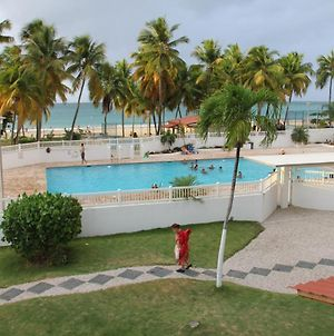 Hobie Oceanfront Apartment At Isla Verde photos Exterior