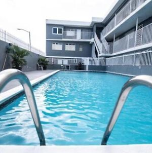Modern 2Br With Kingbed In The Heart Of Isla Verde Strip photos Exterior