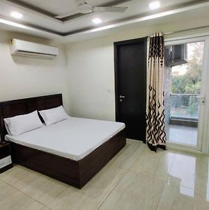 Modern 1Bhk Private Apartment W/Wifi &Kingsize Bed photos Exterior