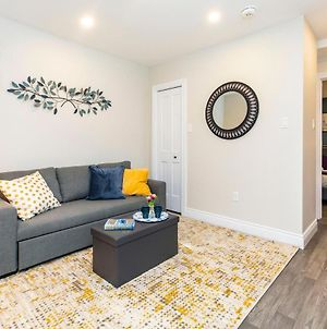 Luxury 2Br With King Bed - Steps From Byward Market! photos Exterior