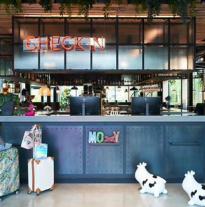 Moxy Amsterdam Schiphol Airport photos Exterior