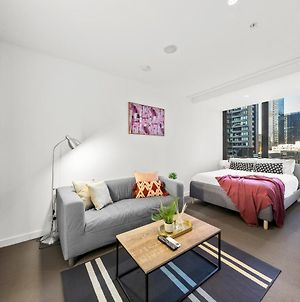 A Stylish & Comfy Cbd Studio Near Southern Cross photos Exterior