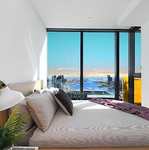 A Stylish Cbd Apartment With A Stunning View photos Exterior