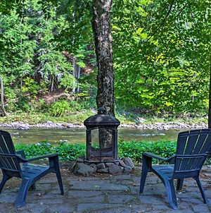 Creekfront Home With Deck In Livingston Manor! photos Exterior
