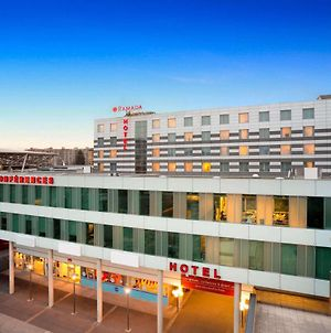 Ramada Encore By Wyndham Geneva photos Exterior