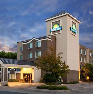 Days Inn By Wyndham Eagan Minnesota Near Mall Of America photos Exterior