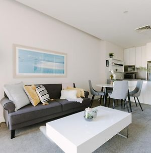Perfect Location, Spacious 2Br Apt Near Flinders Station photos Exterior