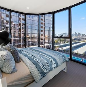 Live In Luxury At The Heart Of Port Melbourne photos Exterior