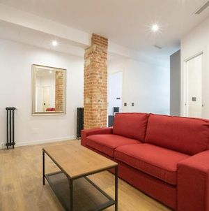 Spacious Double Room In An Apartment With A Private Balcony, In Madrid photos Exterior