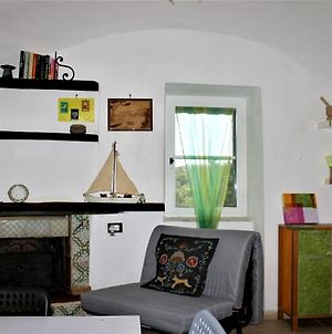 Apartment With One Bedroom In Itri With Wonderful Mountain View And Furnished Terrace 7 Km From The Beach photos Exterior