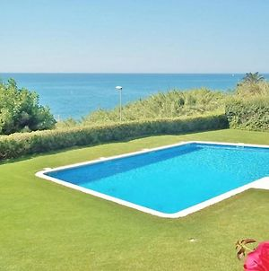 Elegant Holiday Home In Sant Pol De Mar With Swimming Pool photos Room
