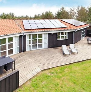 Four Bedroom Holiday Home In Lokken 16 photos Room