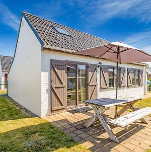 Lovely Holiday Home In De Haan Near Sea Beach photos Exterior