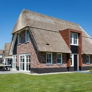 Beautiful Thatched Villa With A Terrace At The Tjeukemeer photos Exterior