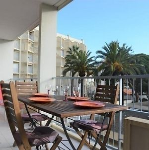 Appartement Le Lavandou, 1 Piece, 3 Personnes - Fr-1-251-308 photos Exterior