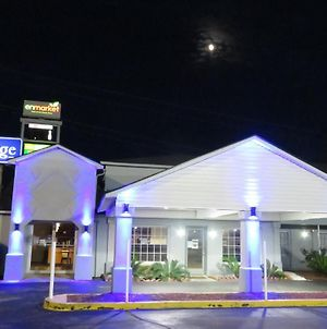 Travelodge By Wyndham Walterboro photos Exterior