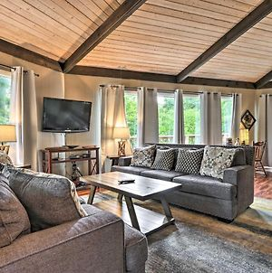 Gatlinburg House With Pool Table, Hot Tub And Views! photos Exterior