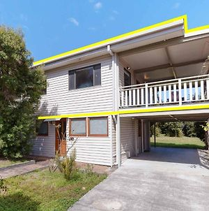 'Beach Break 1', 1/10 Lionel Street - Upstairs Unit With Aircon photos Exterior