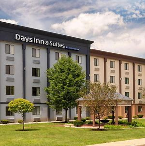 Days Inn And Suites By Wyndham Hammond, In photos Exterior