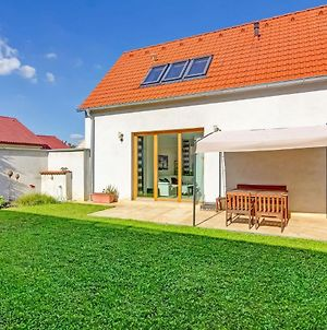 Lovely Holiday Home In Straznice With Private Garden photos Exterior