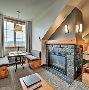 Ski-In/Out Studio On Mont Tremblant W/ Amenities! photos Exterior