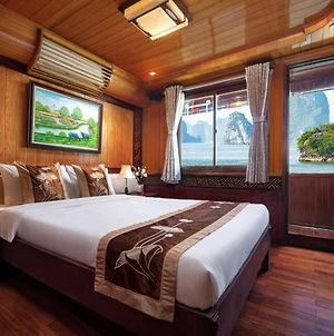 Room In Boat - Halong Bay Cruise For Backpackers photos Exterior