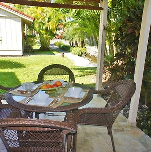 150 Steps From Lanai To Beach Ac Wifi Affordable photos Exterior
