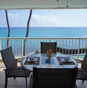 Ocean Front Shaded Lanai Ac Updated Concierge Included Magic Sands 203 photos Exterior