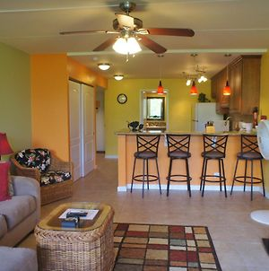 Walking Distance To Town Ac Included Updated photos Exterior
