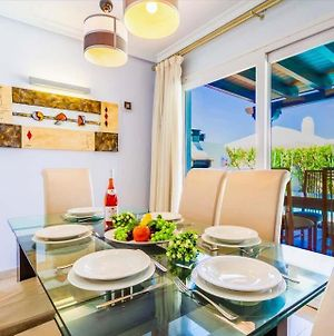 Villa In Playa Blanca Sleeps 8 Includes Swimming Pool Air Con And Wifi 9 photos Exterior