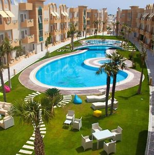 2 & 3 Bedroom Apartment In A Private Holiday Compound photos Exterior