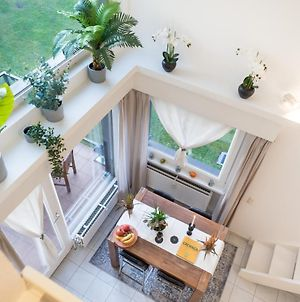 Charming And Cosy Apartment In Green Area photos Exterior