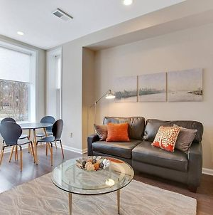 Private Patio! Walk To Convention Center, Metro, Groceries, Wine Bars, Beer Gardens And More From This Sunny Apartment In Shaw! Parking Available Too! photos Exterior