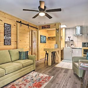 Charming Pigeon Forge Apt - 3 Miles To Dollywood! photos Exterior