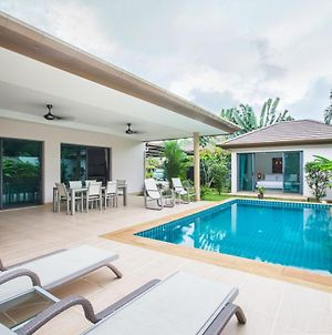 Spacious Three-Bedroom Pool Villa In Cherngtalay photos Exterior