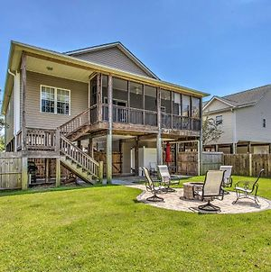 Family Beach Getaway With Yard Walk To Ocean! photos Exterior