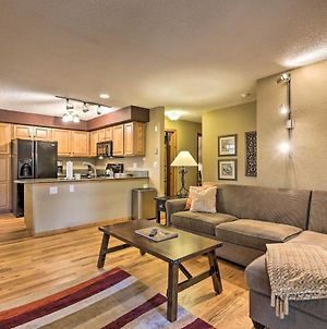 Cozy Creekside Condo, Steps From Wp Shuttle! photos Exterior