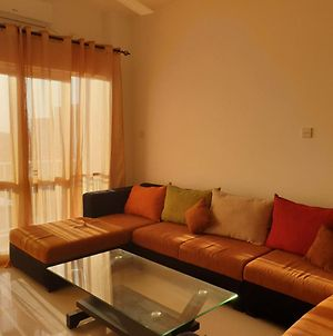 2 Bed Room Furnished Apartment photos Exterior
